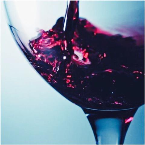 A cada copa su vino