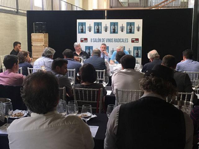 Público asistente durante la presentación de La Patena 2014